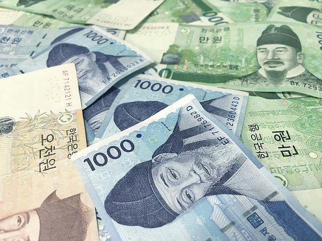 asijské bankovky.jpg